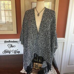 💕NWT Beautiful Knit Haley Wrap